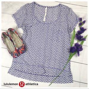 Lululemon Sheer Soft Zig Zag Purple Top Sz 10